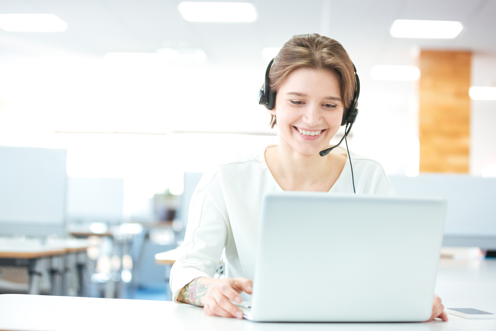 Improve Your Customer Service With VoIP